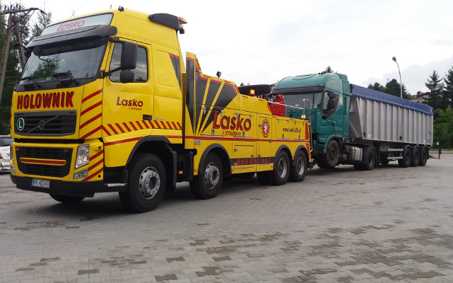 Transport i holowanie aut osobowych, dostawczych, ciężarowych TIR